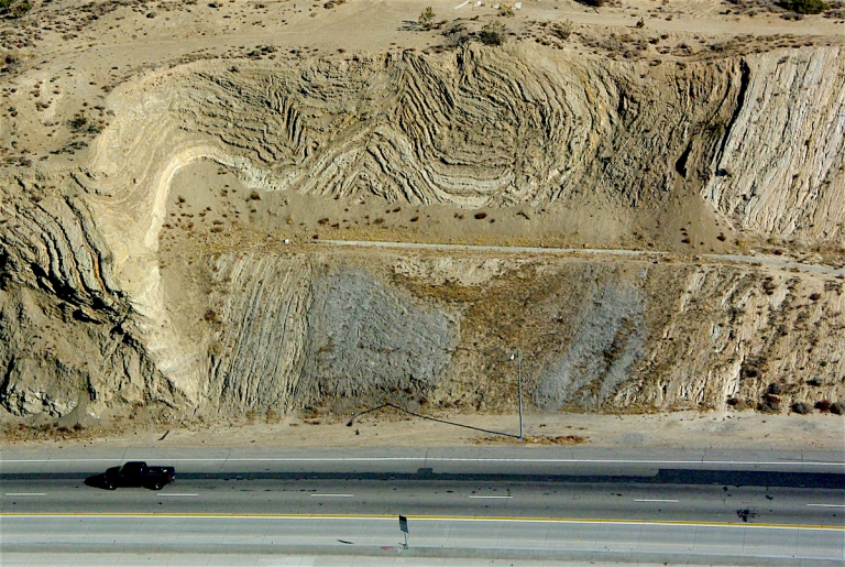 palmdale_road_cut