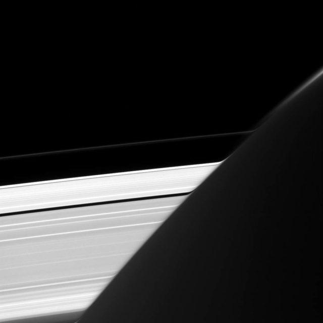 anelli-saturno-640x640
