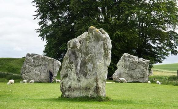 Avebury-stone-circle-580x356