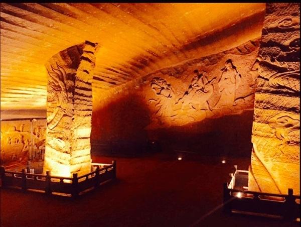 Le-Grotte-Longyou3.jpg
