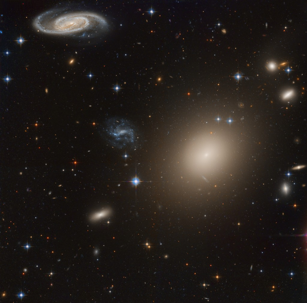 ESO325-Pestana1024.jpg