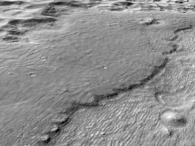 lava-flows-hrad-vallis-mars-800x600.jpg