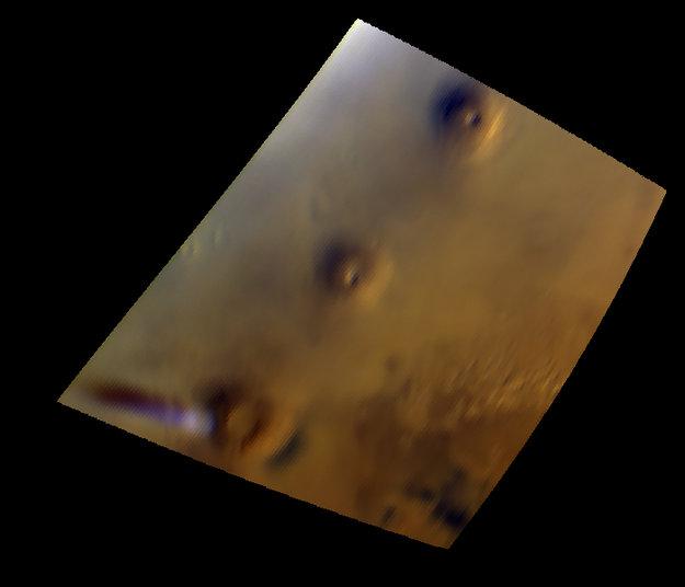 Mars_elongated_cloud_17_September_large.jpg